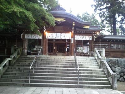 高麗神社本殿
