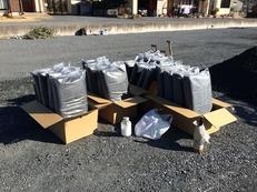 2016.2.10 氣場改良工事の埋設用炭1,000L
