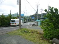 T邸敷地から臨む三叉路